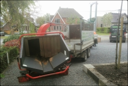 Camionnette, remorque et machine agricole