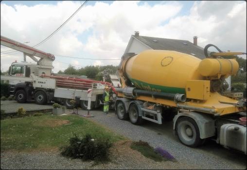 Deux camions de chantiers